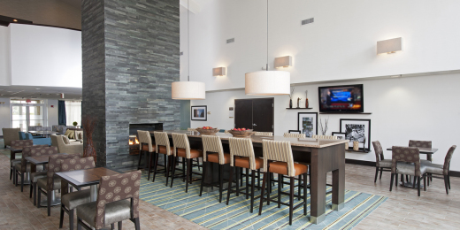 Hampton Inn & Suites Chicago/Lincolnshire | ECD Company